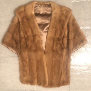 Stunning Classic Fur Stole